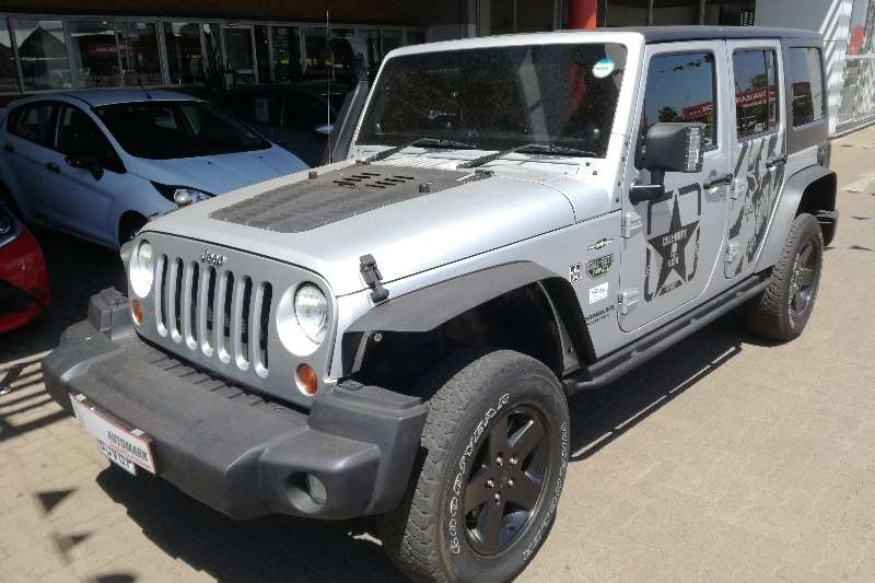 Jeep Wrangler Unlimited WRANGLER UNLTD 3.6L V6 A/T 2012