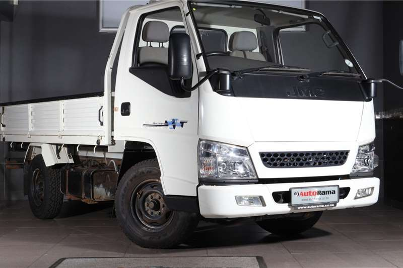 JMC 4x2 Carrying 2.8TDi 1.6Ton Lux P/U S/C 2018
