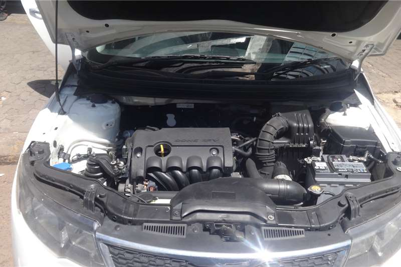 Kia Cerato 1.6 EX 4 door automatic 2012