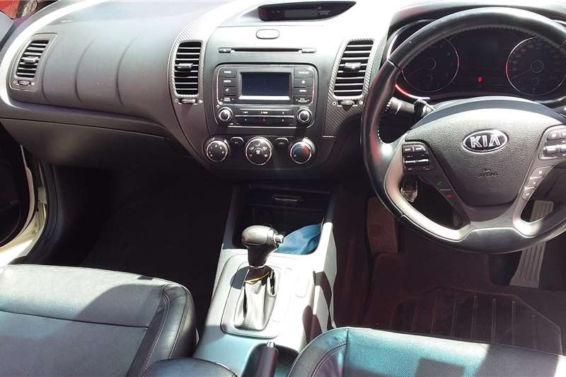 Kia Cerato 1.6 EX 5 door automatic 2015