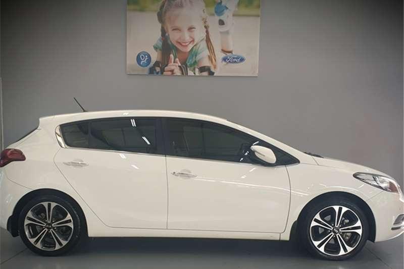 Kia Cerato hatch 2.0 EX 2015