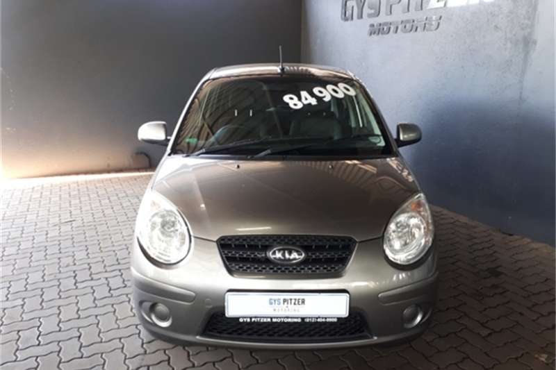 Kia Picanto 1.1 Striker 2011