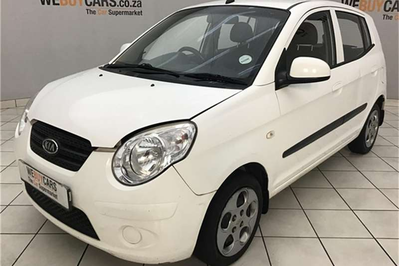 Kia Picanto 1.1 Striker automatic 2011