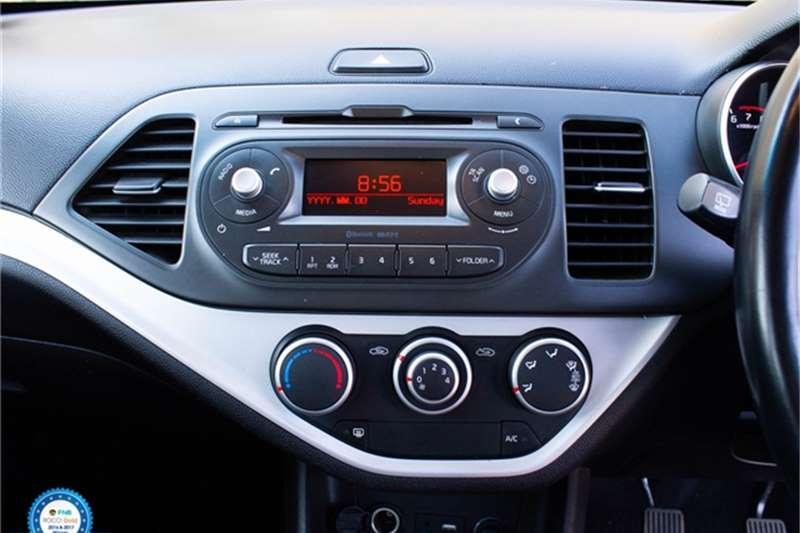 Kia Picanto 1.2 EX 2015