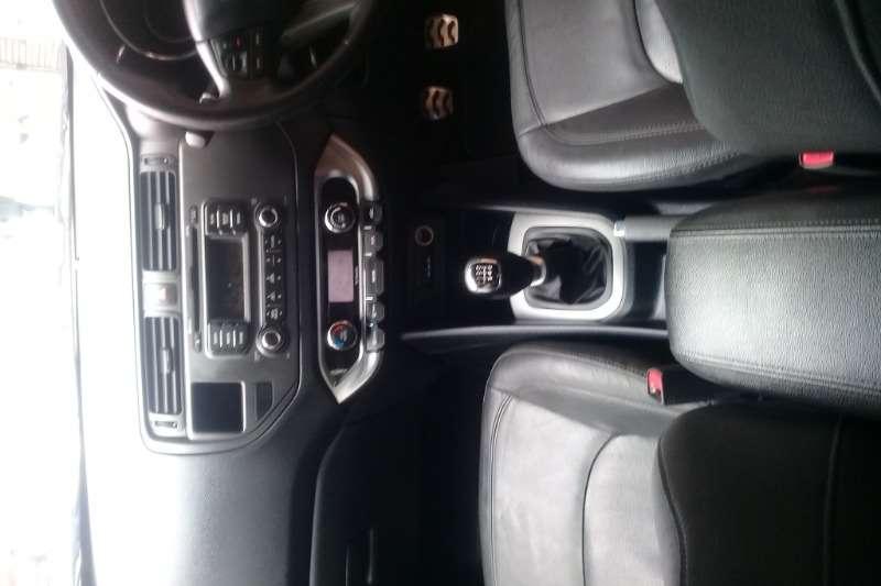 Kia Rio 1.4 5-door Tec Sedan 2012