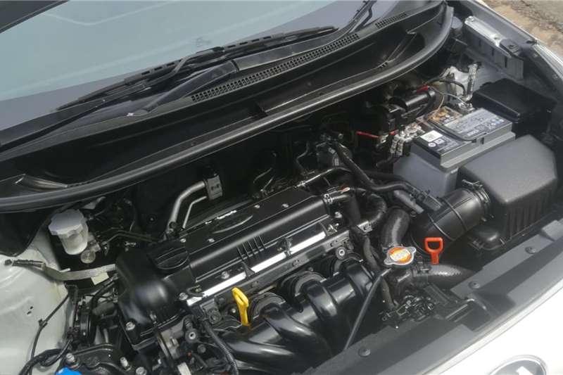 Kia Rio hatch 1.4 auto 2014