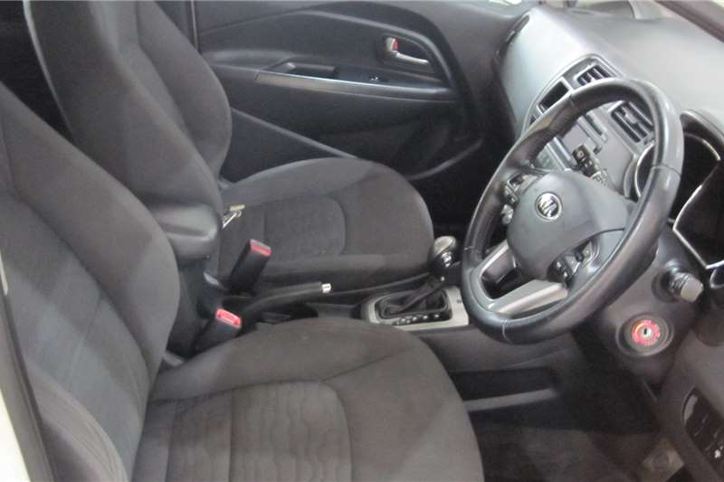 Kia Rio hatch 1.4 Tec auto 2014