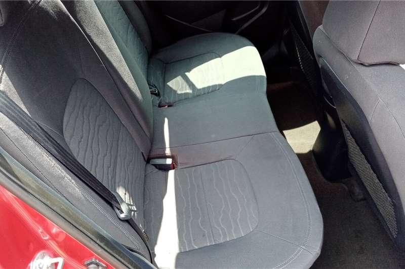 Used 2015 Kia Rio sedan 1.4 auto