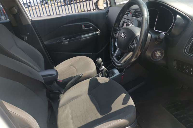 Used 2016 Kia Rio sedan 1.4 Tec