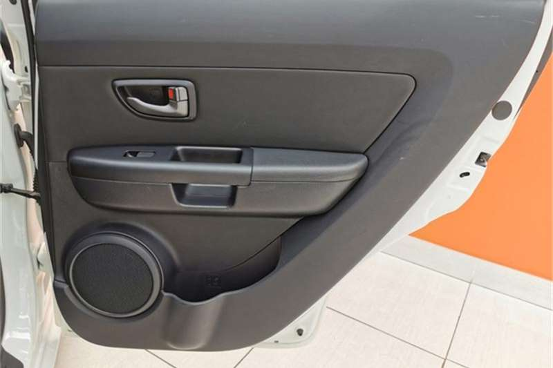 Kia Soul 1.6 high spec automatic 2011