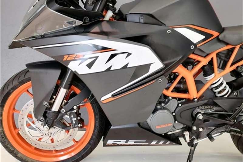 KTM RC 125 2015