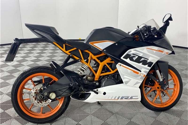 2015 KTM RC