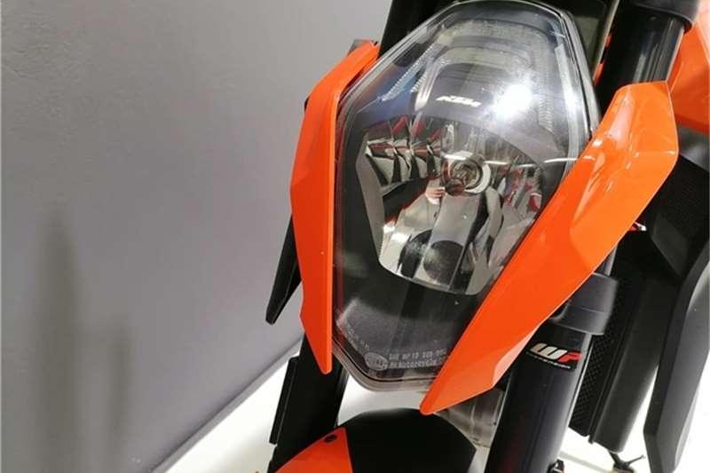 KTM Superduke 1290 2015