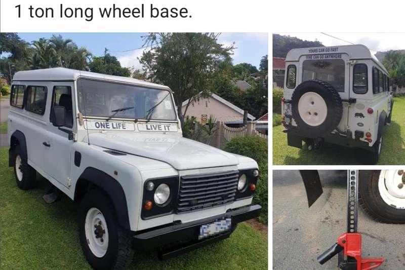 Land Rover Defender 110 1996