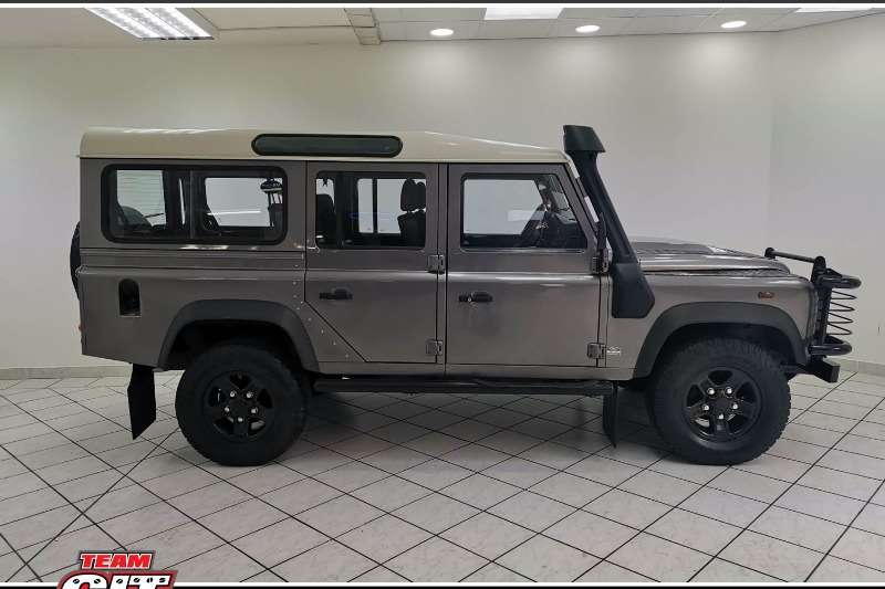 Land Rover Defender 110 SW 2008