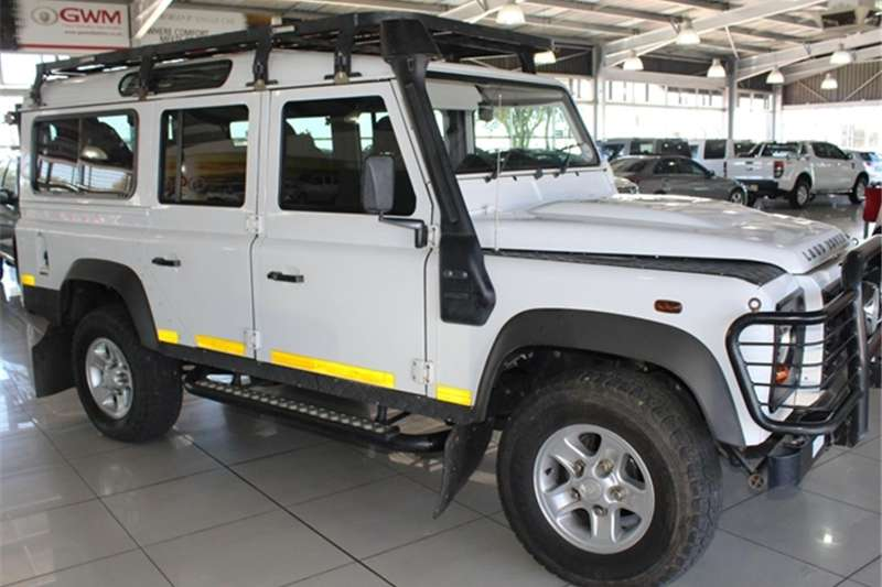 Land Rover Defender 110 TD multi purpose S 2012
