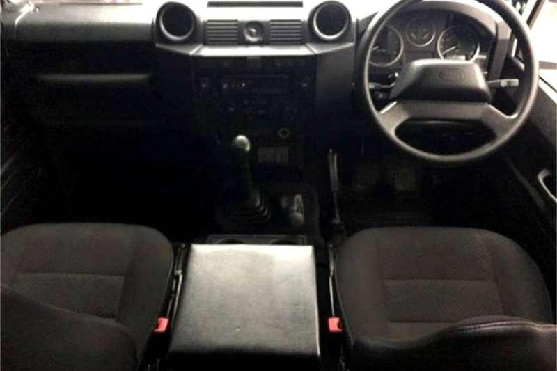 Land Rover Defender 110 TD multi-purpose S 2013