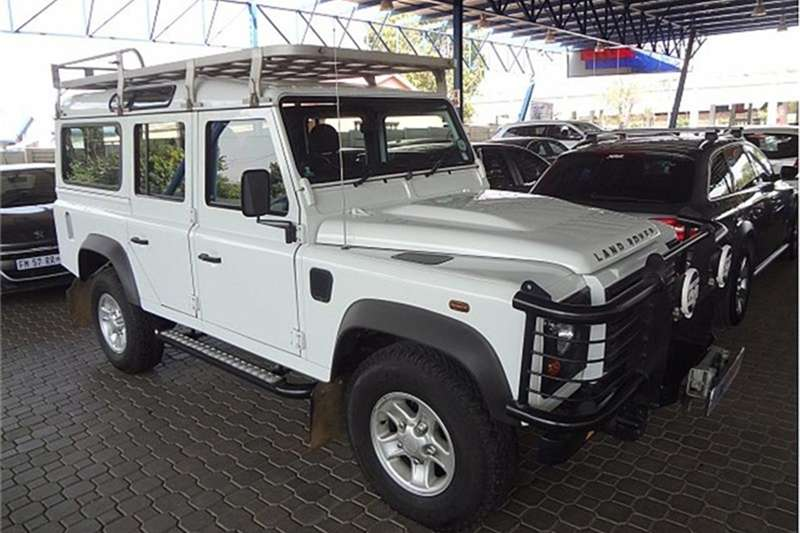Land Rover Defender 110 TD multi purpose S 2013