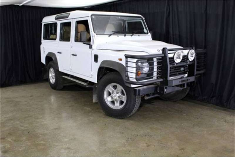 Land Rover Defender 110 TD multi purpose S 2014
