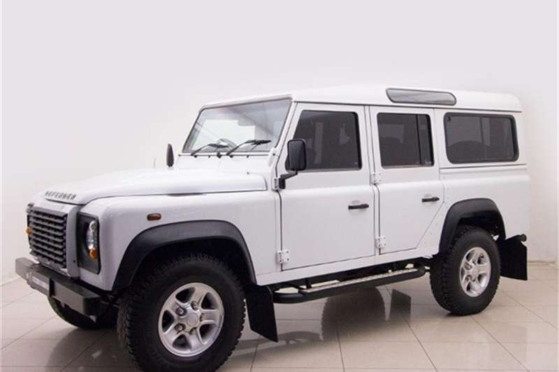Land Rover Defender 110 TD multi purpose S 2015