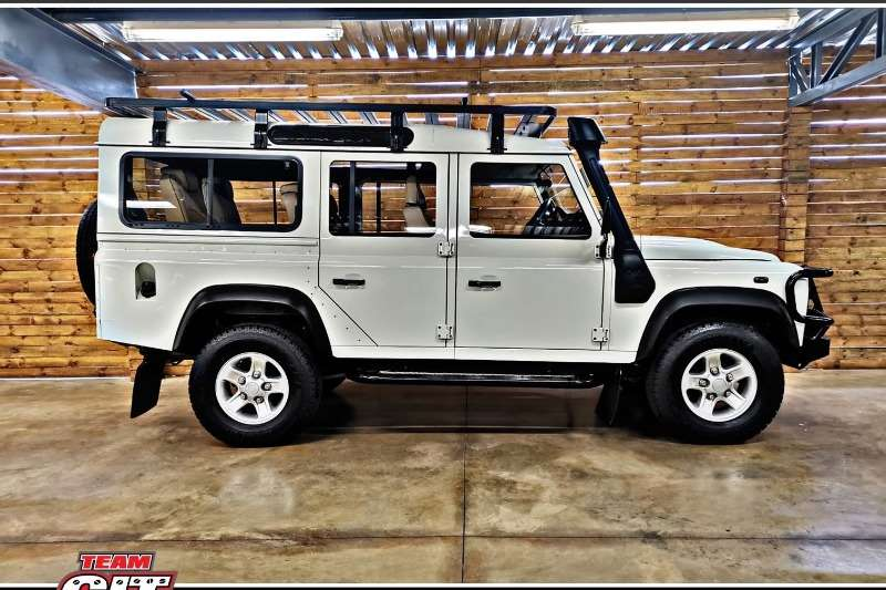 2012 Land Rover Defender 110 TD multi purpose