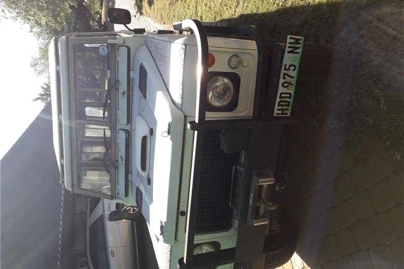 Land Rover Defender Station Wagon DEFENDER 110 2.2D S/W AFRICA ED 1982