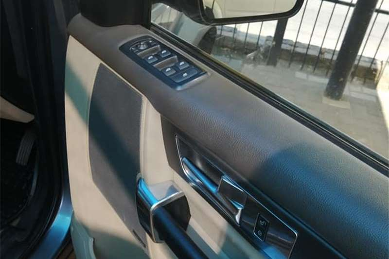 Used 2010 Land Rover Discovery 4