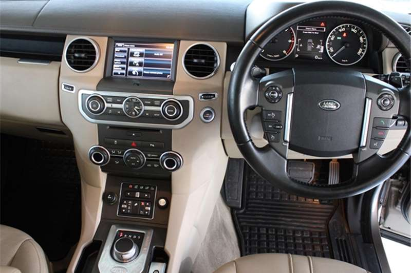 Used 2015 Land Rover Discovery 4 3.0 TDV6 SE