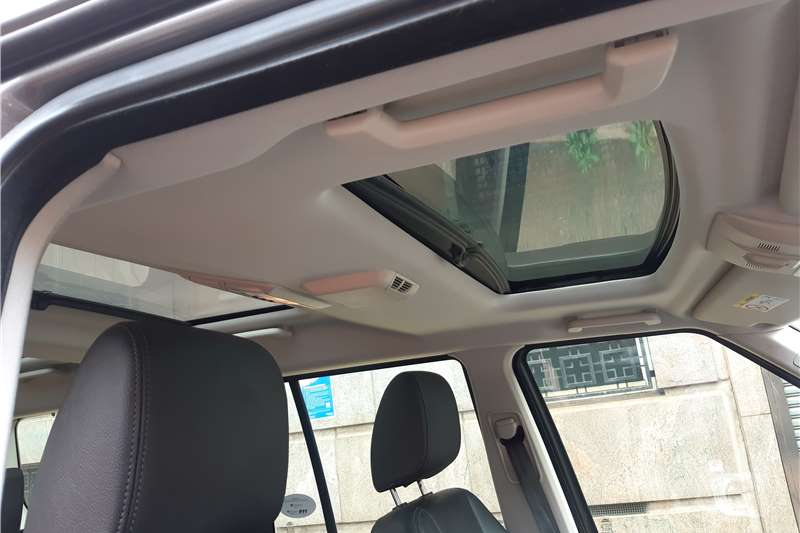 Used 2015 Land Rover Discovery SDV6 HSE