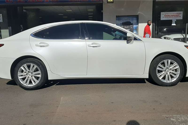 Lexus ES 250 EX 2014