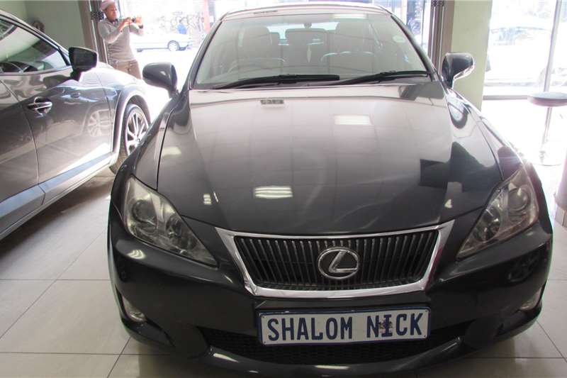 Lexus IS 2.0 V6 2010