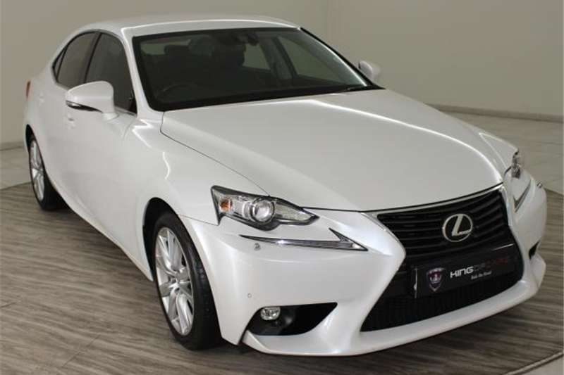 Lexus IS 200t EX 2016