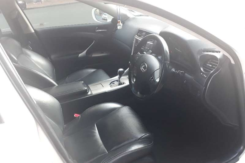Lexus IS 250 SE automatic 2010