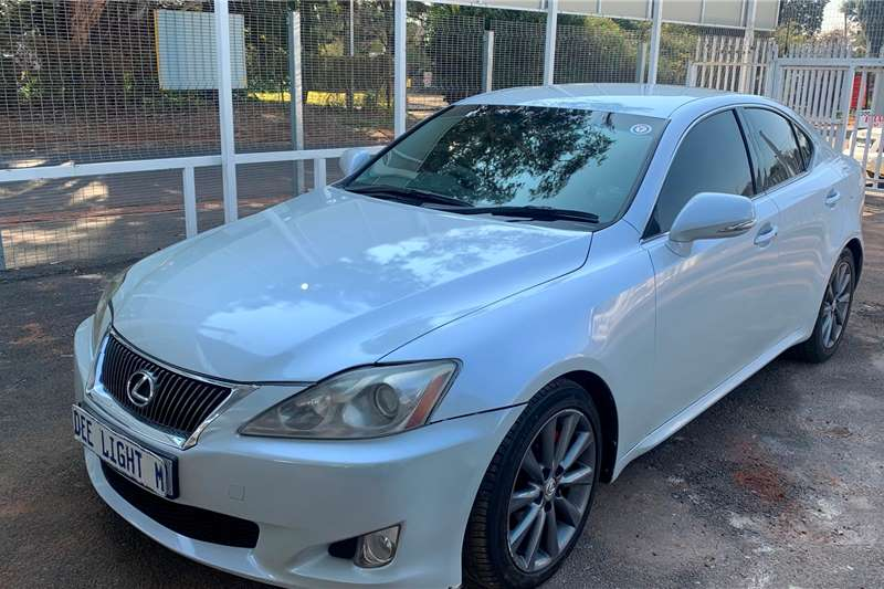 Lexus IS 250 SE automatic 2011