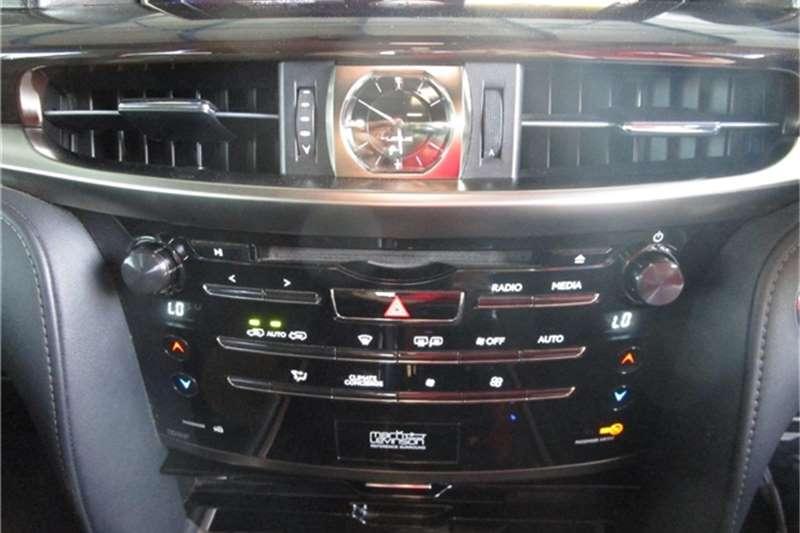 Lexus LX 450d 2017