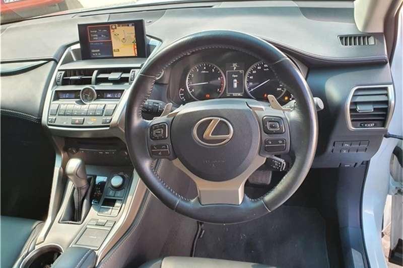 Lexus NX 200t EX 2016