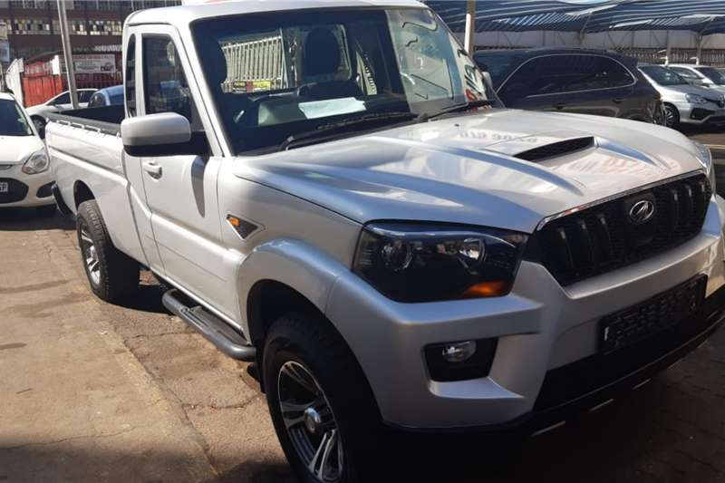 Mahindra Pik Up Single Cab PICK UP 2.2 mHAWK S6 4X4 P/U S/C 2017