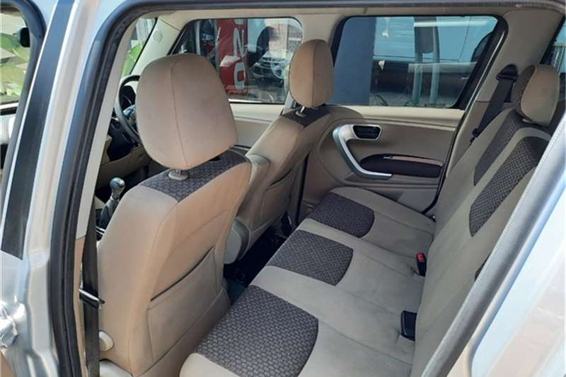 Mahindra TUV300 1.5TD MHAWK (7 SEAT) 2019