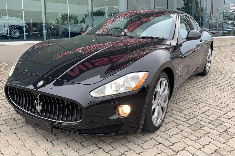 Maserati Granturismo 4.2 Coupe A/T 2013