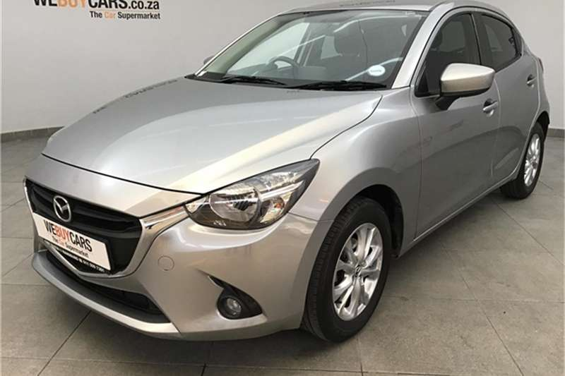 Mazda 2 Mazda 1.5 Dynamic 2015