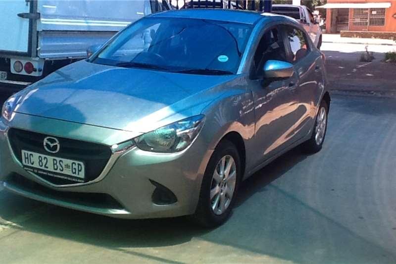 Mazda 2 Mazda 1.5 Dynamic 2016