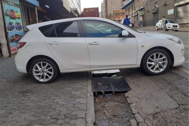 Used 2014 Mazda 3 Mazda Sport 1.6 Active