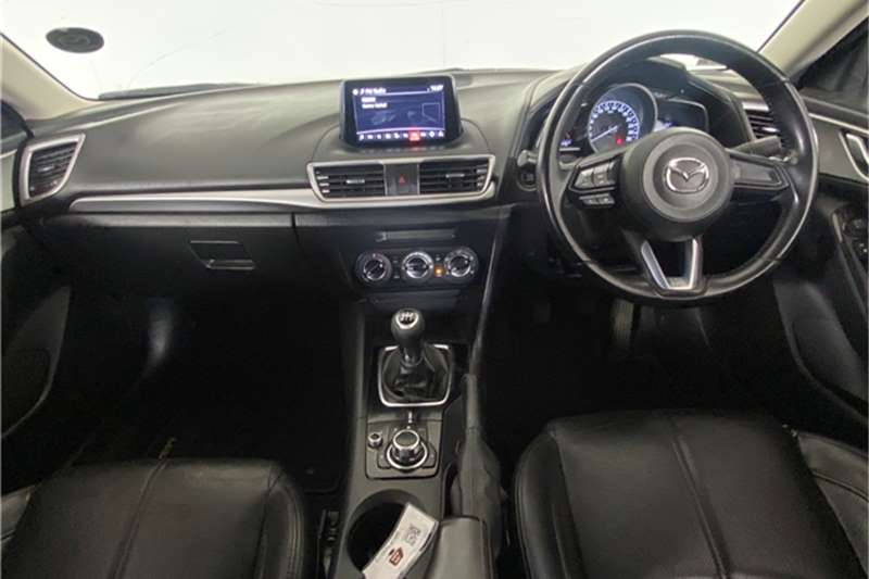 2017 Mazda 3 Mazda3 sedan 1.6 Dynamic