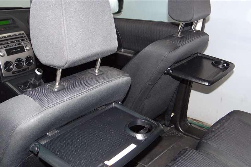 Mazda 5 Mazda 2.0 Active 2010
