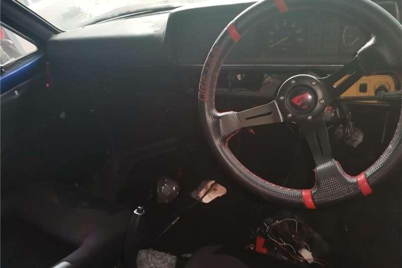1983 Mazda B2000