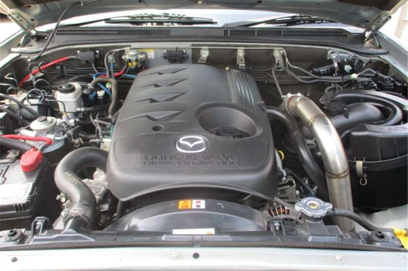 Mazda BT-50 3.0CRD double cab 4x4 SLE 2012