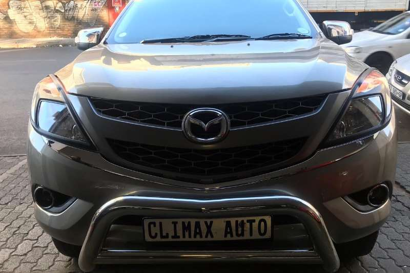 Mazda BT-50 3.0CRD double cab 4x4 SLE 2015