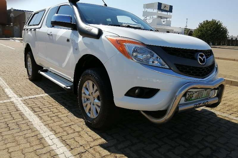 Mazda BT-50 3.2 double cab 4x4 SLE 2013