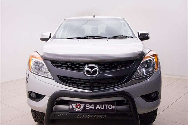Mazda BT-50 3.2 double cab 4x4 SLE 2015
