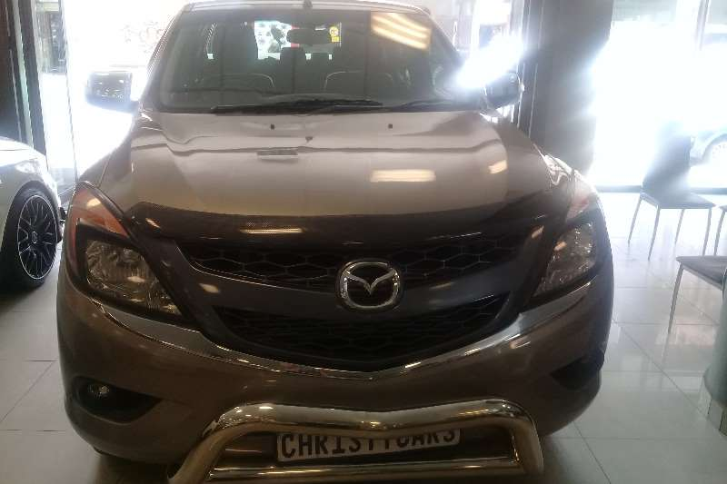 Mazda BT-50 3.2 double cab 4x4 SLE 2017